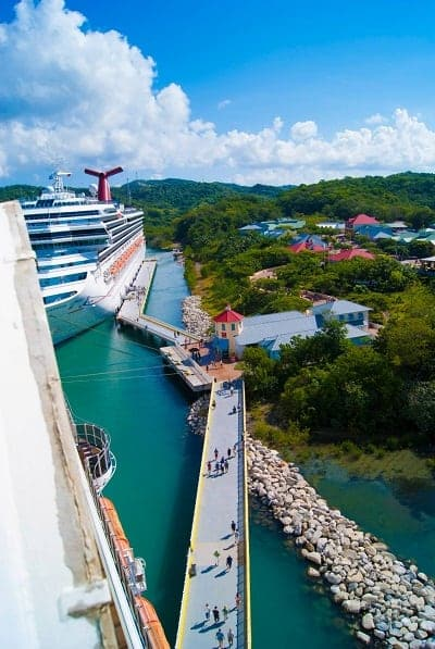 picture of cruise port area from carnival cruise ship at maghogony bay carnival cruise port in roatan honduras